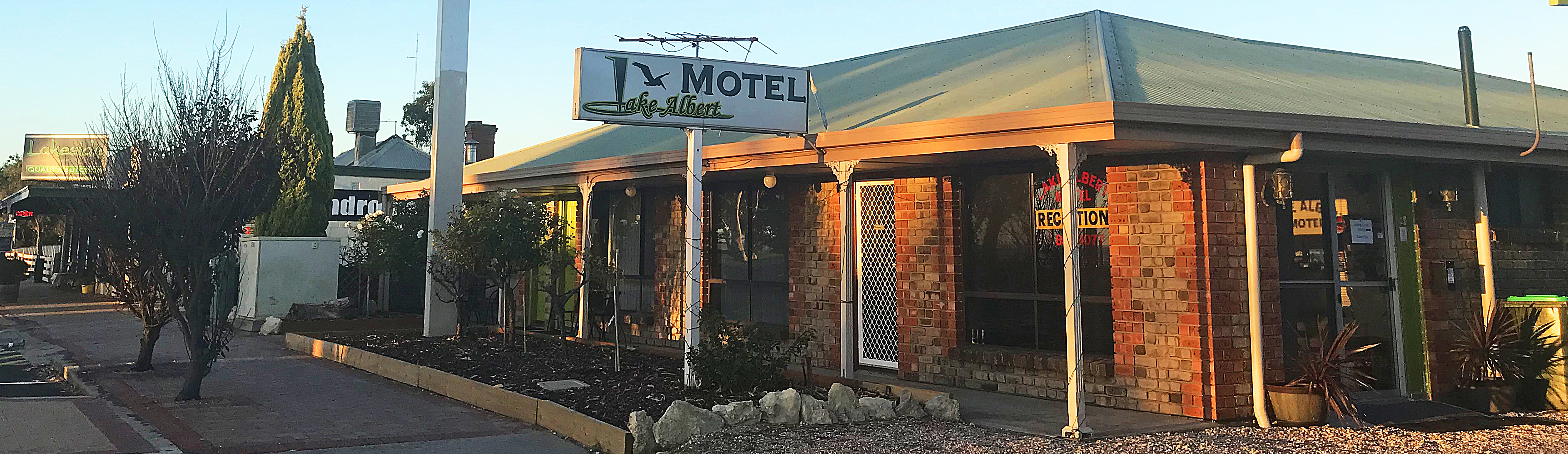 Welcome to Lake Albert Motel